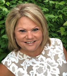 Lisa Maxwell2